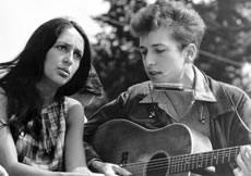 Joan Baez and Bob Dylan at the civil rights march on Washington